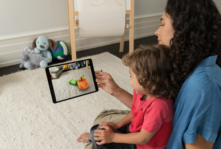 ar kit ipad mother child
