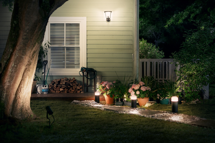 Philips-Hue-outdoor-3