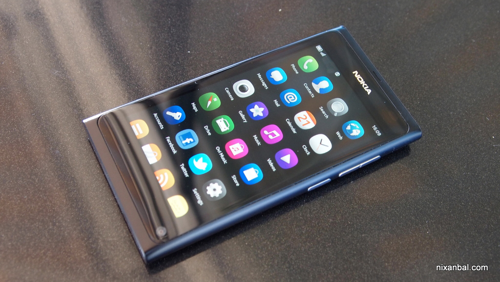 Nokia N9 video review by nixanbal 2