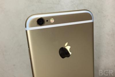 Дънките могат да боядисат пластмасовите линии на iPhone 6