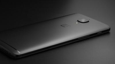 OnePlus 3T в цвят Midnight Black излиза в тираж от 250 броя