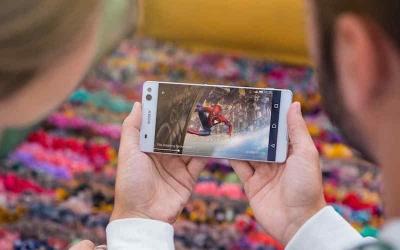 Sony Xperia C5 Ultra има 6-инчов дисплей без рамка и 13 МР селфи камера със светкавица
