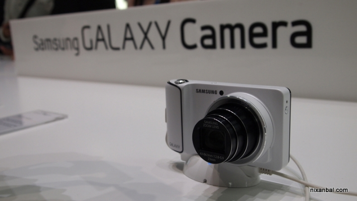 Samsung Galaxy Camera - снимки на първия 16 MP фотоапарат с Android Jelly Bean