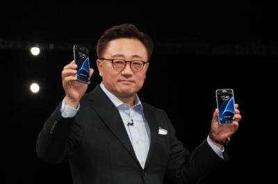 Samsung ще търси помощ от LG за батериите на Galaxy S8