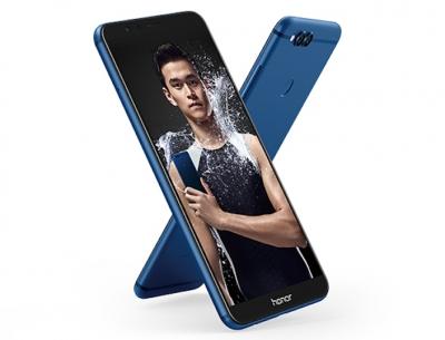 Huawei Honor 7X има двойна камера и издължен дисплей 18:9