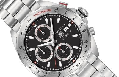 Луксозният часовникарски бранд Tag Heuer подготвя конкурент на Apple Watch